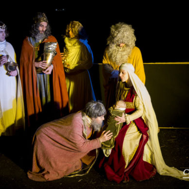 Presepe Vivente Dies Natalis, nel racconto molta materanità, dal pane di Matera al bimbo in cartapesta.