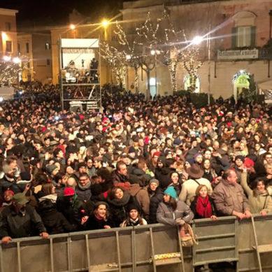 Oltre20mila persone in piazza a Matera per festeggiare il 2017. Le telecamere si spengono, la festa continua.