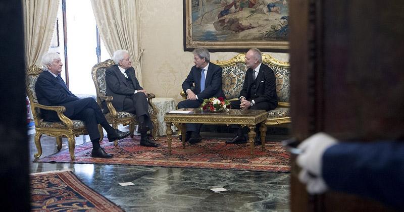 Paolo Gentiloni si è dimesso da Premier.