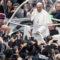 Cinque anni di Francesco, il Papa che parla agli uomini e agli ultimi
