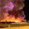 Video, Incendio nella notte a Matera, distrutta un'azienda di detergenti.